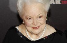 अभिनेत्री ओलिभियाको १०४ वर्षको उमेरमा निधन